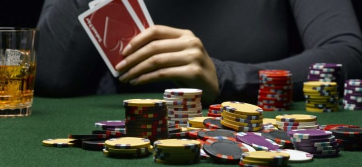 Services offered at online version of casino